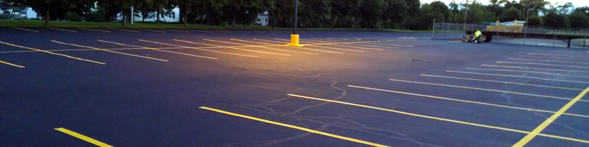 Asphalt Parking Lot Seal Coating Service Company near me